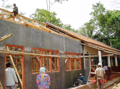 Reconstruction of a school in Tasikmalaya with TCF funds