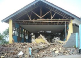 Massive damage to one of the SMPN I Cigalontang school buildings