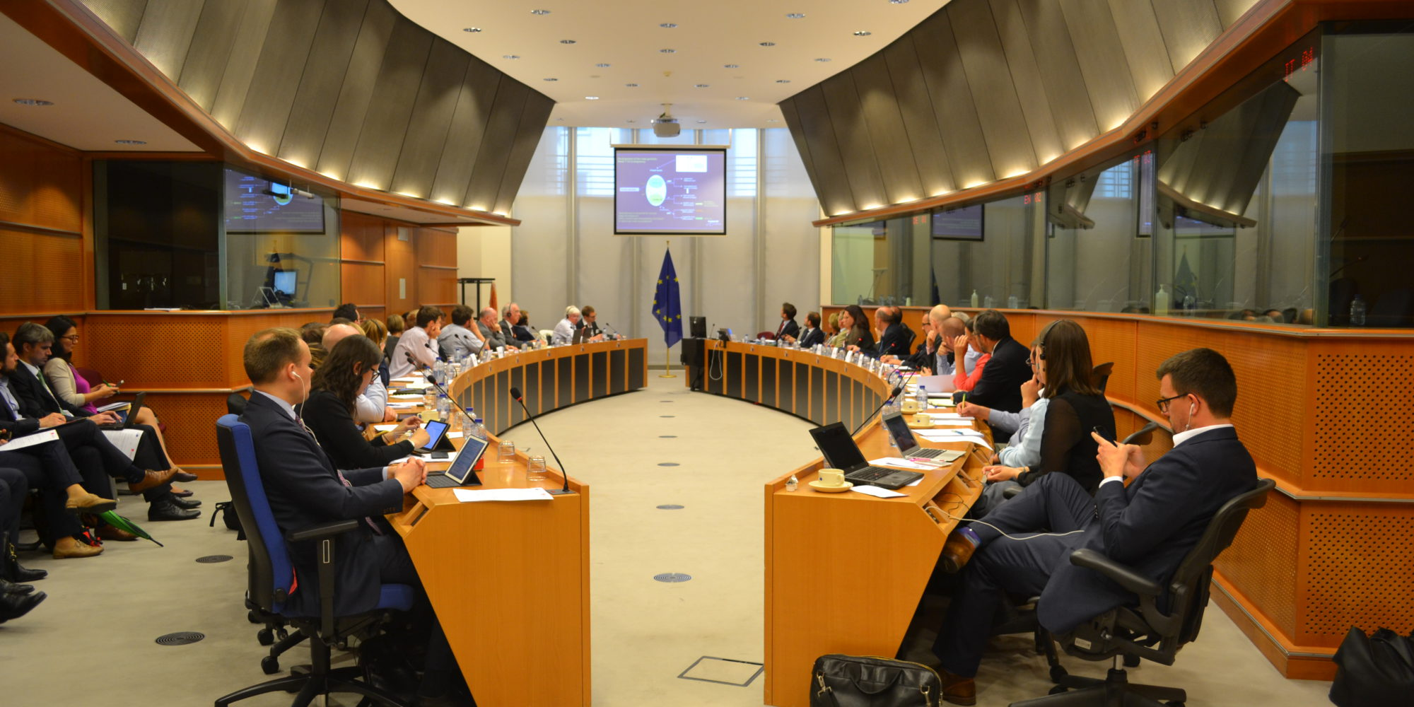 Pavel Poc, then Vice-Chair of the European Parliament Committee on Environment, Public Health and Food Safety (ENVI) and now Vice Chair of PA, hosted this roundtable meeting in the European Parliament on 6 June 2017 on Biological Low-Risk Pesticides for Sustainable Integrated Pest Management: A Multi-Stakeholder Approach', organized with the support of PA.